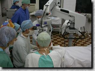 Лечение детской ретинопатии. Работа в операционной